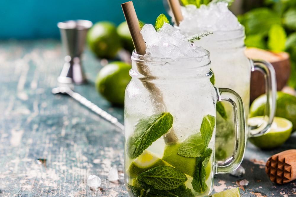 hausgemachte Cocktails
